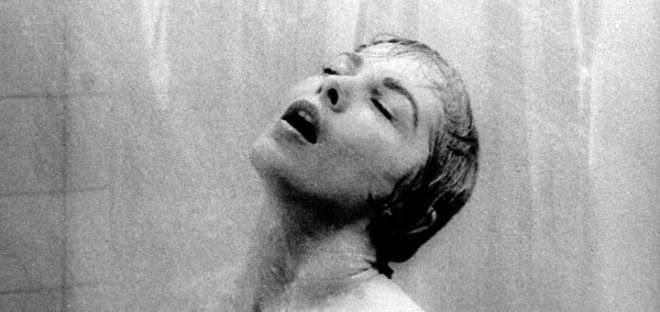 escenas en la ducha