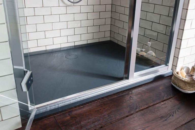 Cambiar bañera por plato de ducha en Alpedrete