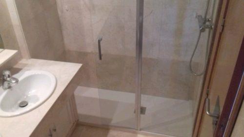 Cambiar bañera por plato de ducha Velilla de San Antón