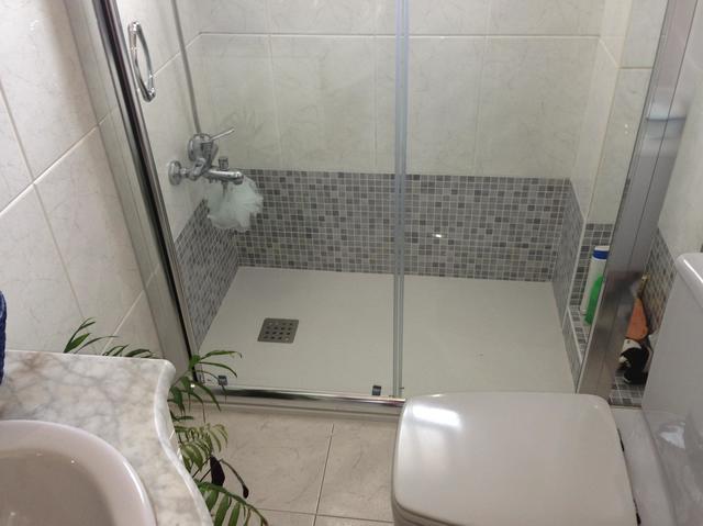 Cambiar bañera por plato de ducha en Paracuellos del Jarama